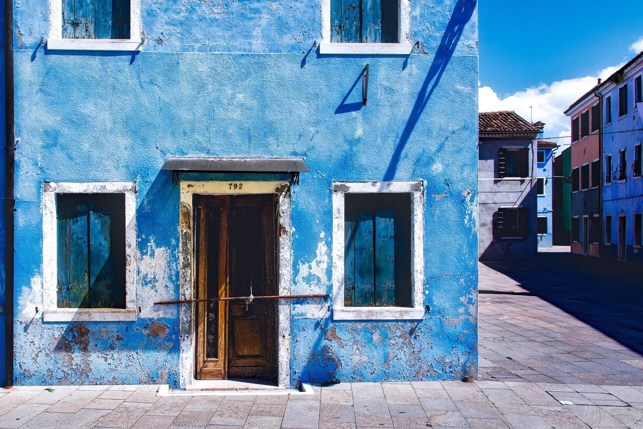 repair-facade-blue