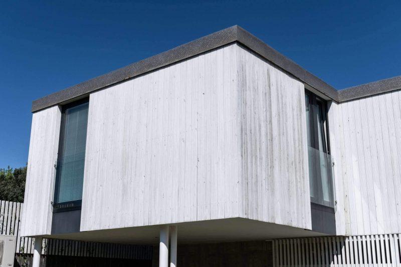 facade cladding wood white house